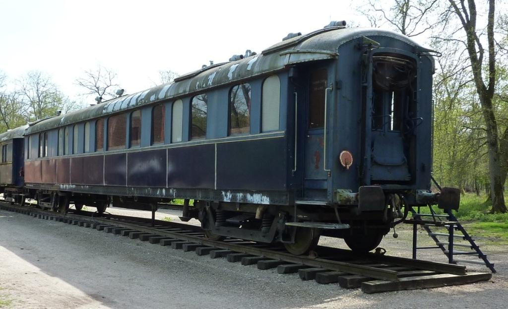 Vozi me vlak v daljave orient exspress sindikat elezni kega prometa slov - Wagon de train a vendre occasion ...