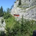 strma cesta na Orlovo gnezdo